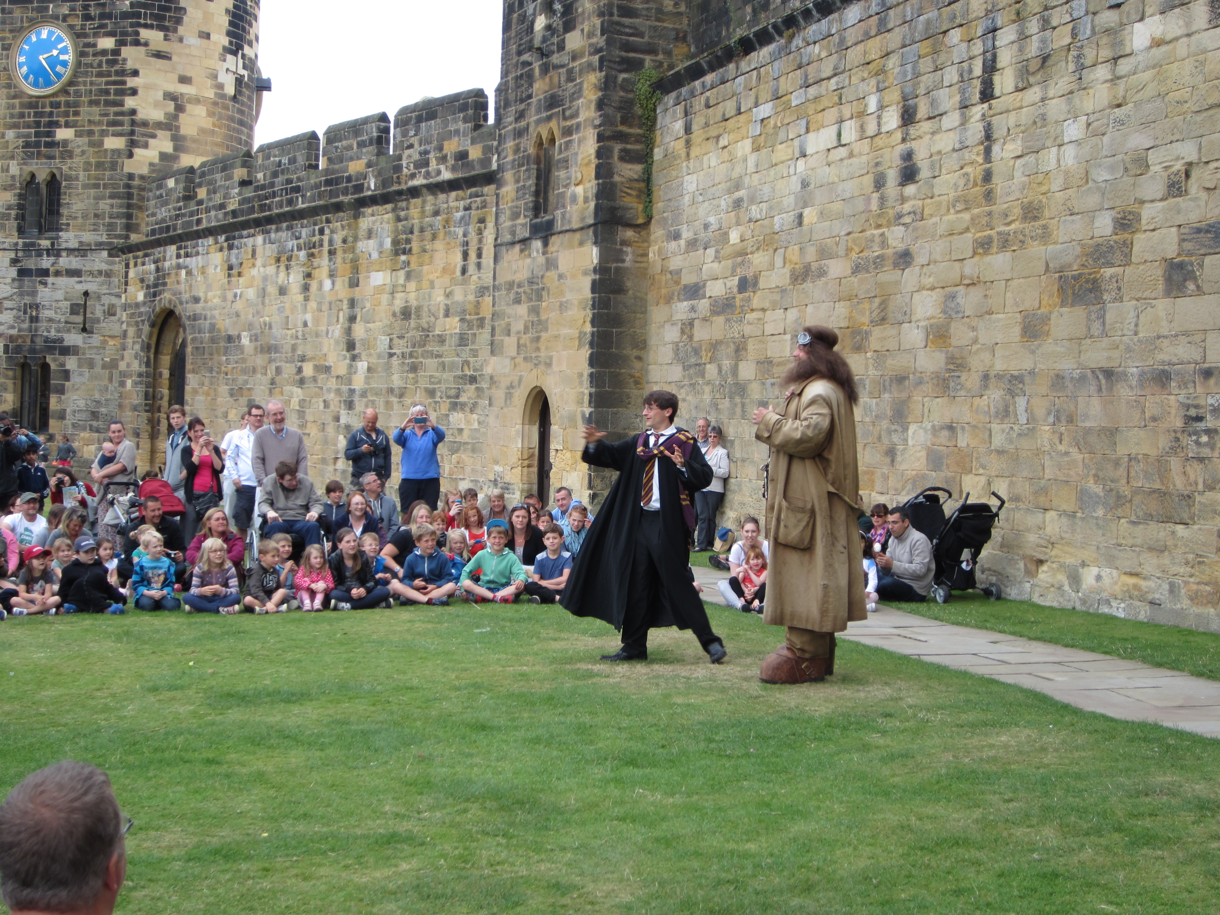 Alnwick Castle: James McDonald, Duchess of Northumberland Harry potter alnwick castle pictures
